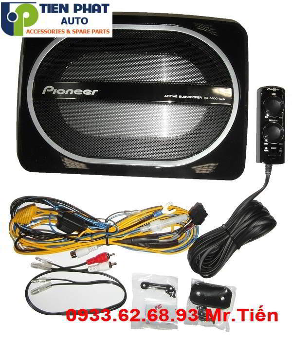Lắp Đặt Loa Sub Pioneer TS-WX110A Cho Xe Hilux Tại Quận 10