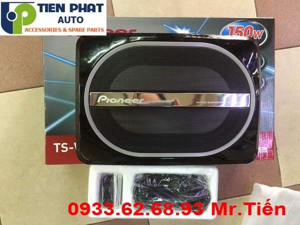 Lắp Đặt Loa Sub Pioneer TS-WX110A Cho Xe Hilux Tại Quận 4